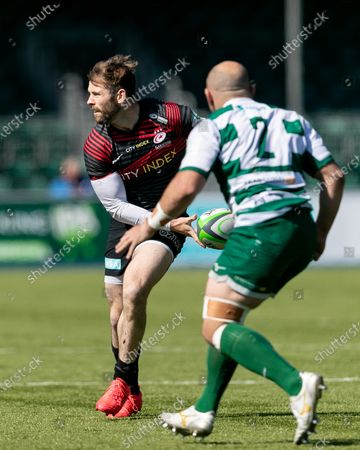 Stock Image of Elliot Daly of Saracens passes the ball during the Greene King IPA Championship match between Saracens and Ealing Trailfinders at StoneX Stadium, London on Sunday 25th April 2021.