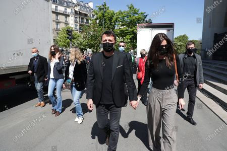 Carla Bruni, Arthur, Mareva Galanter arrives at the demonstration against the decision of the Court of Cassation in the Sarah Halimi case
