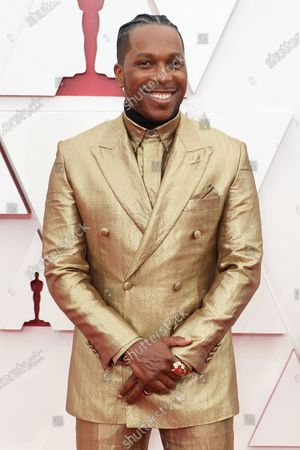 Leslie Odom Jr. arrives on the red carpet of The 93rd Oscars® at Union Station in Los Angeles, CA on Sunday, April 25, 2021.