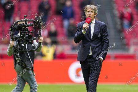 General Manager of Ajax Edwin van der Sar addresses the supporters of Ajax during the Dutch Eredivisie match between Ajax and AZ Alkmaar in the Johan Cruijff Arena