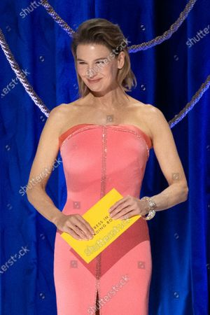 Renee Zellweger presents the Oscar® for Actress in a Leading Role to Frances McDormand during the live ABC Telecast of The 93rd Oscars® at Union Station in Los Angeles, CA on Sunday, April 25, 2021.