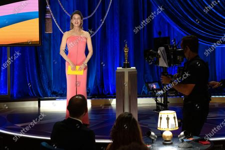 Renee Zellweger presents the Oscar® for Actress in a Leading Role during the live ABC Telecast of The 93rd Oscars® at Union Station in Los Angeles, CA on Sunday, April 25, 2021.