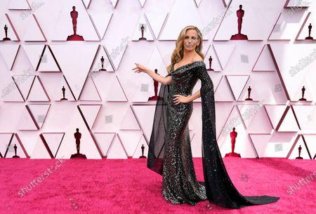 Marlee Matlin arrives at the Oscars
