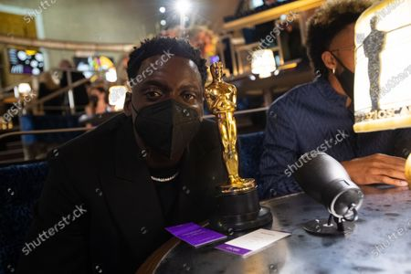 Daniel Kaluuya backstage with the Oscar® for Best Actor in a Supporting Role during the live ABC Telecast of The 93rd Oscars® at Union Station in Los Angeles, CA on Sunday, April 25, 2021.