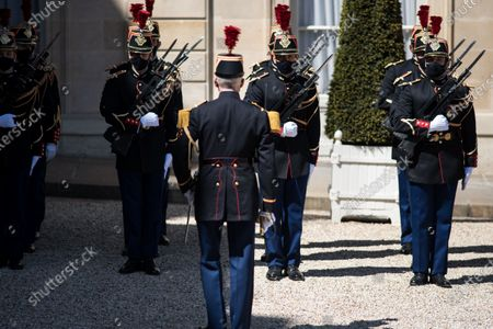 The presidential guard in the court of the Elysée Palace at the moment of the Franco-German state summit and working lunch between Emmanuel Macron and Frank-Walter Steinmeier, in Paris, on April 26, 2021.