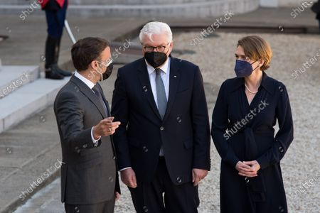 French President Emmanuel Macron and German Head of State Frank-Walter Steinmeier with his wife Elke Budenbender during the State Summit at the Elysée Palace, in Paris, on April 26, 2021.