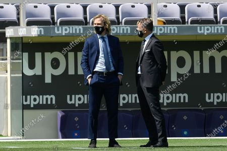 Pavel Nedved (L) of Juventus FC looks on