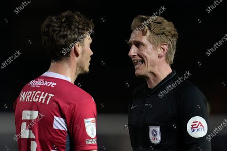 Referee Scott Oldham talks to Joe Wright of Doncaster Rover (5)