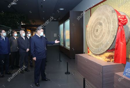 (210427) - NANNING, April 27, 2021 (Xinhua) - Chinese President Xi Jinping, also general secretary of the Communist Party of China Central Committee and chairman of the Central Military Commission, visits a cultural exhibition of Zhuang ethnic group in the Anthropology Museum of Guangxi in the city of Nanning, south China's Guangxi xi Zhuang Autonomous Region, April 27, 2021. Xi made an inspection trip to south China's Guangxi Zhuang Autonomous Region from April 25 to April 27.