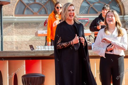 Queen Maxima and Princess Ariane at the final repetitions of The Streamers (a band with multiple Dutch artists), befor the live concert takes place at Noordeinde Palace, that everyone can stream from their home.