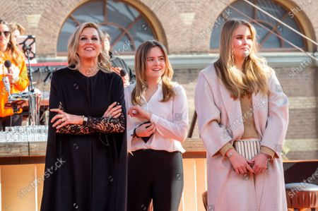 Queen Maxima with their daughters Princess Amalia and Princess Ariane at the final repetitions of The Streamers (a band with multiple Dutch artists), befor the live concert takes place at Noordeinde Palace, that everyone can stream from their home.