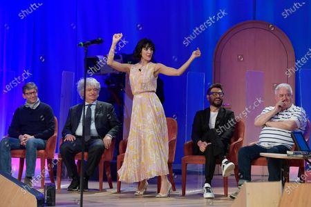Rocio Munoz Morales dances during the broadcast Maurizio Costanzo Show last episode 2021.