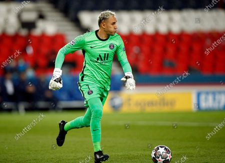Paris Saint Germain's goalkeeper Keylor Navas in action during the UEFA Champions League semi final, first leg soccer match between PSG and Manchester City at the Parc des Princes stadium in Paris, France, 28 April 2021.