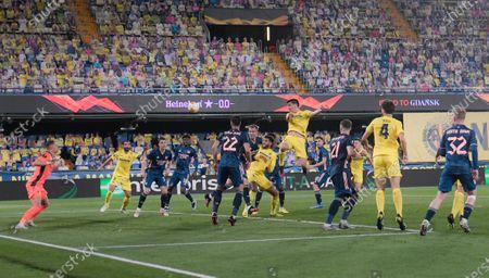 Raul Albiol of Villarreal scores a goal 2-0