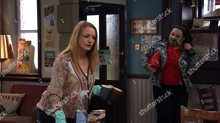 Emmerdale - Ep 9041 Thursday 6th May 2021 - 2nd Ep Mandy Dingle, as played by Lisa Riley, turns her anger towards Nicola King, as played by Nicola Wheeler for spreading gossip about Lydia's arrest.
