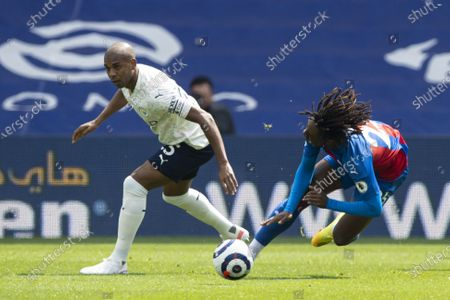 Eberechi Eze of Crystal Palace is fouled by Fernandinho of Manchester City