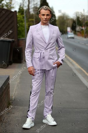 Editorial picture of Exclusive - 'The Only Way is Essex' TV show filming, UK - 29 Apr 2021