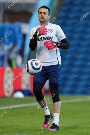 Lukasz Fabianski of West Ham United warms up before kick off
