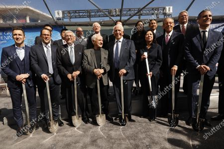 LOS ANGELES, CA - FEBRUARY 11, 2019 - - (front row) Philanthropist Eli Broad, third from left, architect Frank Gehry, Ken Himmel, president and chief executive officer of Related Urban, Los Angeles Supervisor Hilda Solis, Stephen Ross, Chairman of Related Companies and Los Angeles Mayor Eric Garrett attend a groundbreaking ceremony for The Grand in front of the Walt Disney Concert Hall in downtown Los Angeles on February 11, 2019. Construction on the $1 billion Grand Avenue Project is set to begin. The complex of condominiums, apartments, shops, restaurants and a hotel has been delayed several times since 2004, when Related Companies was selected by city and county officials to transform land. (Genaro Molina/Los Angeles Times)