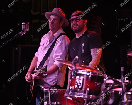 John Thomas Griffith and Matt Jones of Cowboy Mouth perform at The Funky Biscuit, Boca Raton, Florida, USA - 30 Apr 2021