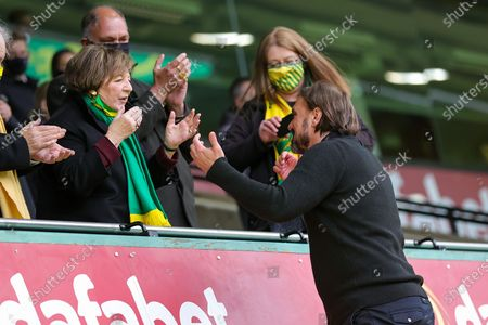 Delia Smith congratulates Norwich City Manager Daniel Farke during the EFL Sky Bet Championship match between Norwich City and Reading at Carrow Road, Norwich