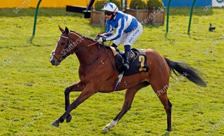 CHIL CHIL (Silvestre de Sousa) wins The Betfair Exchange Handicap Newmarket