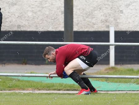Elliot Daly of Saracens enters the pitch to warm up