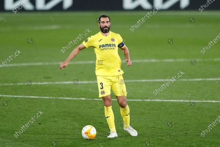 Raul Albiol (Villarreal) - Football / Soccer : UEFA Europa League Semi-finals 1st leg match between Villarreal CF 2-1 Arsenal FC at the Estadio de la Ceramica in Vila-Real, Spain.