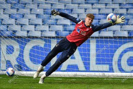 Jordan Wright of Nottingham Forest warms up ahead of kick-off during the Sky Bet Championship match between Sheffield Wednesday and Nottingham Forest at Hillsborough, Sheffield on Saturday 1st May 2021.