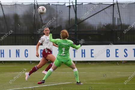 Goal 0-1 Arsenal forward Katie McCabe (15) scores a goal 0-1 during the FA Women's Super League match between Everton Women and Arsenal Women FC at the Walton Hall Park Stadium, Liverpool