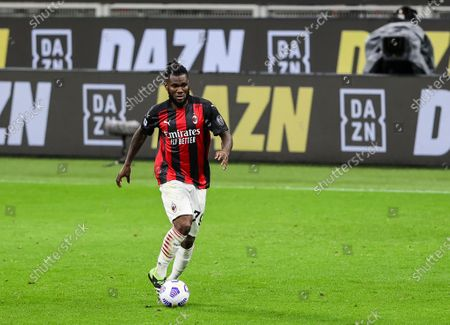 Franck Kessie of AC Milan in action during the 2020/21 Italian Serie A football match between AC Milan and Benevento Calcio at Stadio Giuseppe Meazza. Final score; AC Milan 2:0 Benevento Calcio.