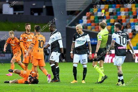 Roberto Pereyra (Udinese) cautioned