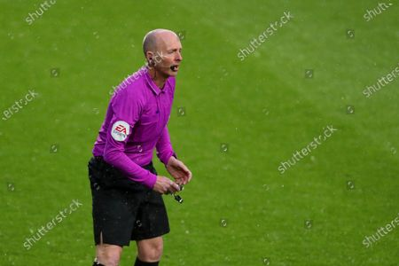Football - 2020 / 2021 Premier League - West Bromwich Albion vs Wolverhampton Wanderers - The Hawthorns Fourth official Mike Dean replaces Paul Tierney as match referee