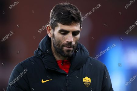 Federico Fazio of As Roma looks on before the Serie A match between Uc Sampdoria and As Roma at Stadio Luigi Ferraris on May 2 2021 in Genova, Italy.