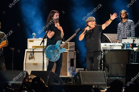 Brian Johnson performs with The Foo Fighters at the Vax Live concert at SoFi Stadium on Sunday, May 2, 2021 in Inglewood, CA. (Jason Armond / Los Angeles Times)