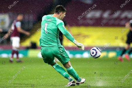 Burnley goalkeeper Nick Pope (1) during the Premier League match between Burnley and West Ham United at Turf Moor, Burnley