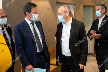 Laurent Berger, Secretary General of CFDT, and Geoffroy Roux de Bezieux, president of the Medef at the time of his visita joint trip on the topic of vaccination of employees at the CMIE (Center medical inter-enterprises Europe) occupational medicine.