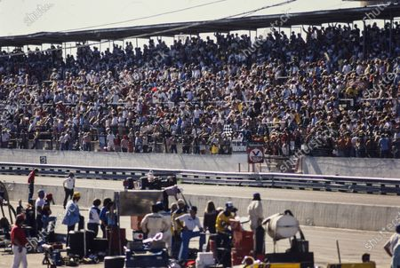 ISM RACEWAY, UNITED STATES OF AMERICA - MARCH 22: Tom Sneva, Jerry O'Connell Racing, Phoenix Ford, finishes the race in 3rd at ISM Raceway on Sunday March 22, 1981 in Phoenix, United States of America. (Photo by LAT Images)