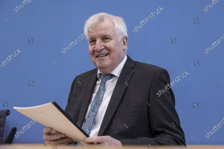 German Interior Minister Horst Seehofer Philosophks to the media to present the 2020 report of politically motivated crime on May 04, 2021 in Berlin, Germany. 2020 saw the highest level of politically-motivated crime in Germany since 2001, with over 44,000 registered cases that right-wing, left-wing, Reichscitizen, Islamist and other radical groups and individuals.