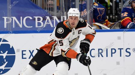 Anaheim Ducks' Ryan Getzlaf (15) in action against the St. Louis Blues during the first period of an NHL hockey game, in St. Louis