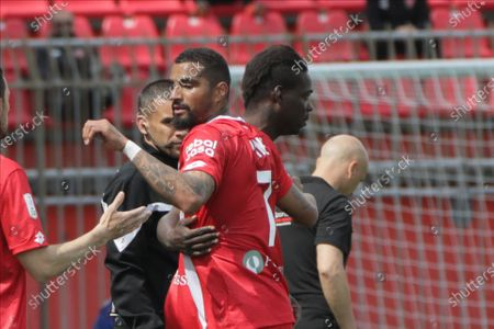 Mario Balotelli of AC Monza (L) and Kevin-Prince Boateng of AC Monza (R) in action during the Serie B match between AC Monza and US Lecce at Stadio Brianteo on May 04, 2021 in Monza, Italy