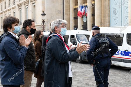 Eric Coquerel, a French Congressman and LFI party member, came to support the activists of Extinction Rebellion who chanted at the National Assembly's fence in Paris to criticize the climate bill.