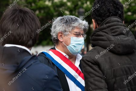 Eric Coquerel, a French Congressman and LFI party member, came to support the activists of Extinction Rebellion who chased themselves at the National Assembly's grids in Paris to criticize the climate bill.