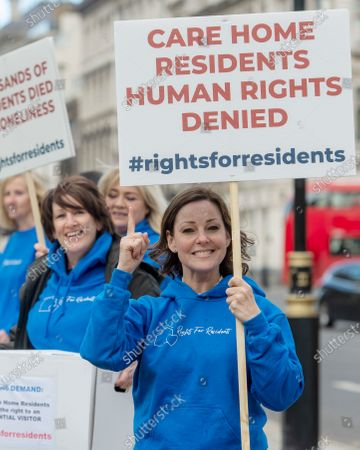 Stock Photo of Actress Ruthie Henshall joins Rights for Residents campaigners in Parliament Square ahead of a 250k signature petition being handed in to Downing Street. The organisation is campaigning against overly restrictive visiting policies placed on care home residents.