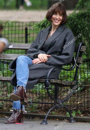 Stock Photo of Elizabeth Henstridge on the set of the new Apple TV series Suspicion at Washington Square Park