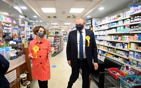 Liberal Democrat leader Sir Ed Davey (R) and the party's London mayoral candidate Luisa Porritt (L) campaign during a visit to Surbiton in south-west London, Britain, 05 May 2021.  The 2021 London mayoral election will be held on 06 May 2021.
