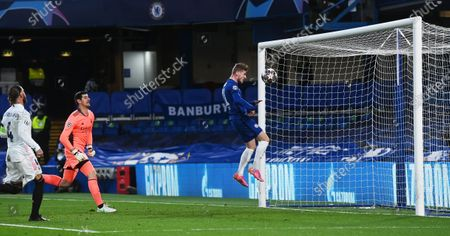 Timo Werner (R) of Chelsea scores the opening goal during the UEFA Champions League semi final, second leg soccer match between Chelsea FC and Real Madrid in London, Britain, 05 May 2021.