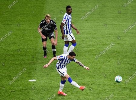 Nemanja Radonjic of Hertha Berlin scores his team's third goal during the German Bundesliga soccer match between Hertha BSC and SC Freiburg in Berlin, Germany, 06 May 2021.