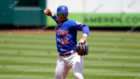 New York Mets shortstop Francisco Lindor throws out St. Louis Cardinals' Paul DeJong at first during the fourth inning of a baseball game, in St. Louis