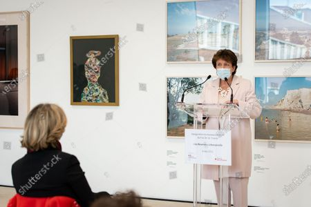Following the announcements concerning the reopening of cultural sites on 19 May in France, the Minister of Culture Roselyne Bachelot and the President of the Ile de France region Valerie Pecresse traveled to Romainville to inaugurate the FRAC Ile de France reserves in the presence of artists on Thursday 6 May 2021.